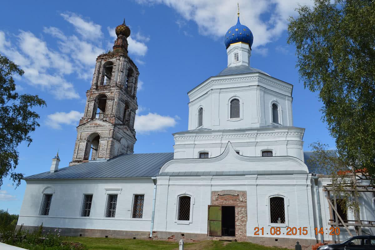 Церковь Рождества Пресвятой Богородицы в селе Пречистое